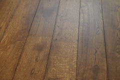 chestnut earth stain on oak extra matt